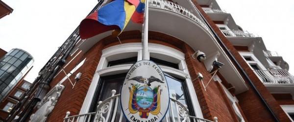 ambasciata Equador Inghilterra - Assange