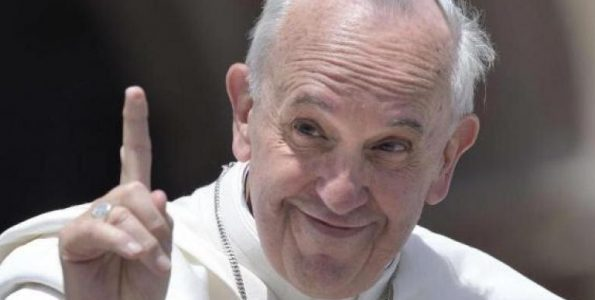 Bergoglio-ammonisce